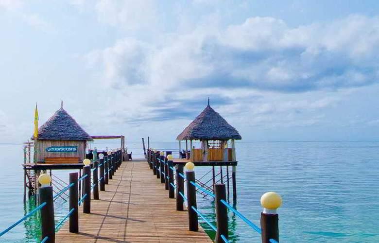 Spice Island Hotel & Resort - Hotel - 5