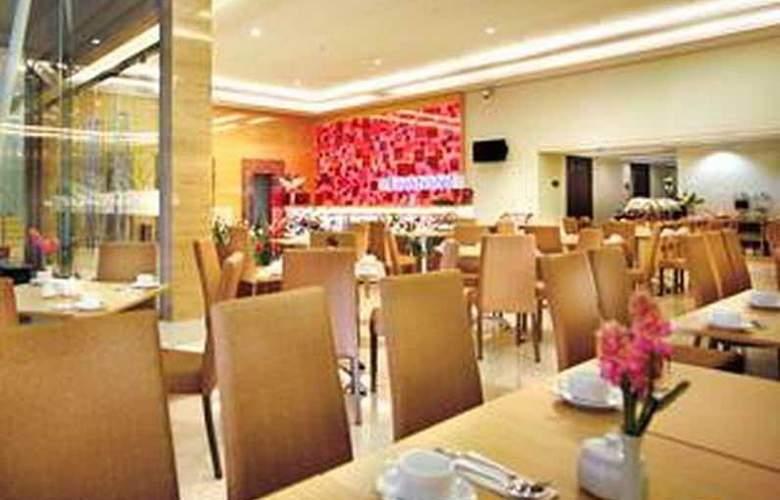 Favehotel Pasar Baru - Restaurant - 3