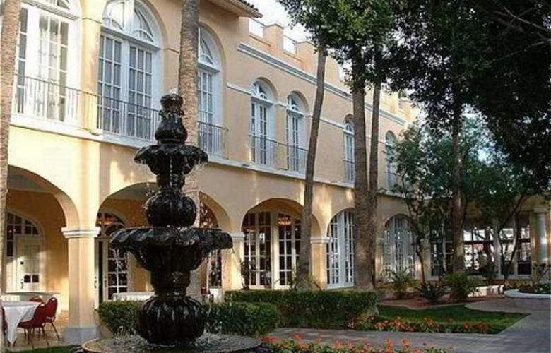 Crowne Plaza San Marcos Resort - General - 1