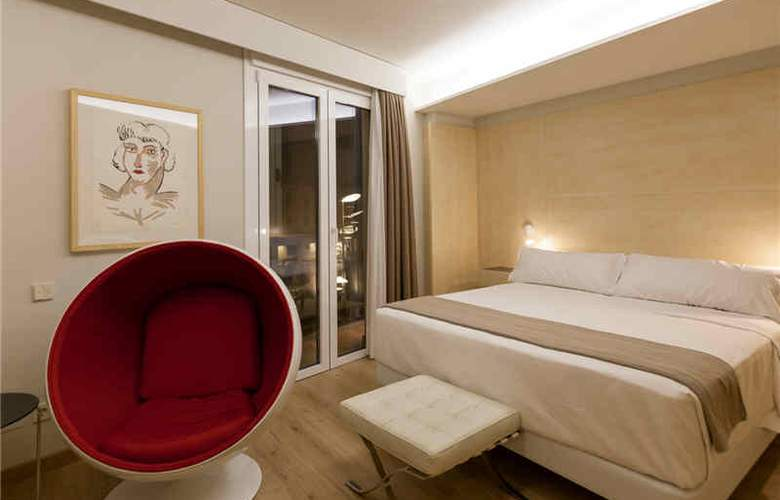 San Gil Plaza - Room - 8