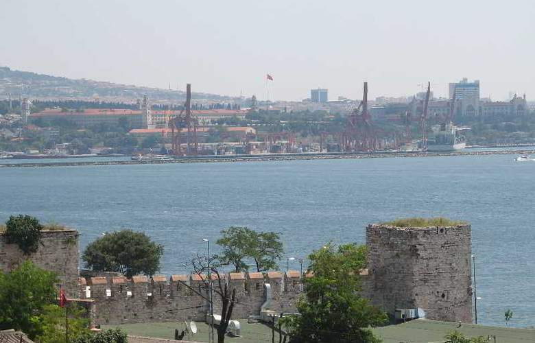 Saba Sultan - Terrace - 19