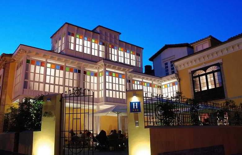 Villa de Pravia - Hotel - 0