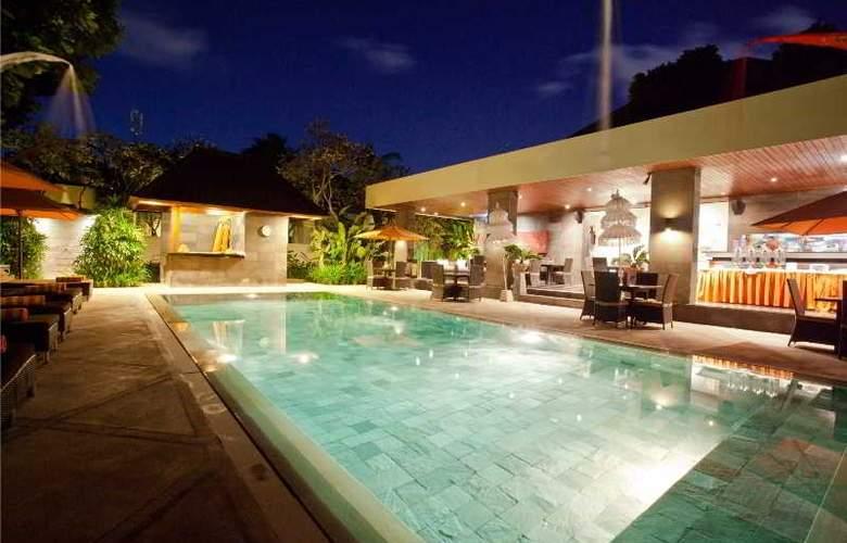 Sun Island Boutique Villas - Pool - 17