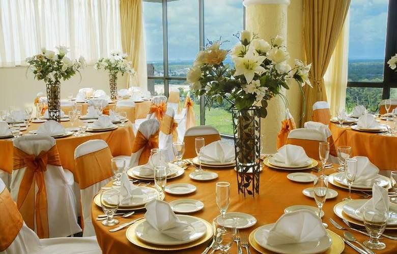 Best Western Lake Buena Vista Resort - Restaurant - 84