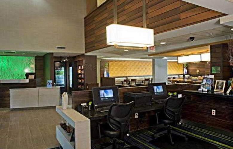 Fairfield Inn & Suites Valdosta - Hotel - 3