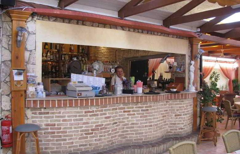 Tsalos Beach - Restaurant - 46