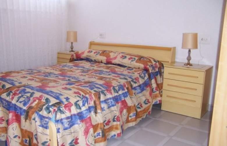 Apartamentos Peñismar I y II 3000 - Room - 3