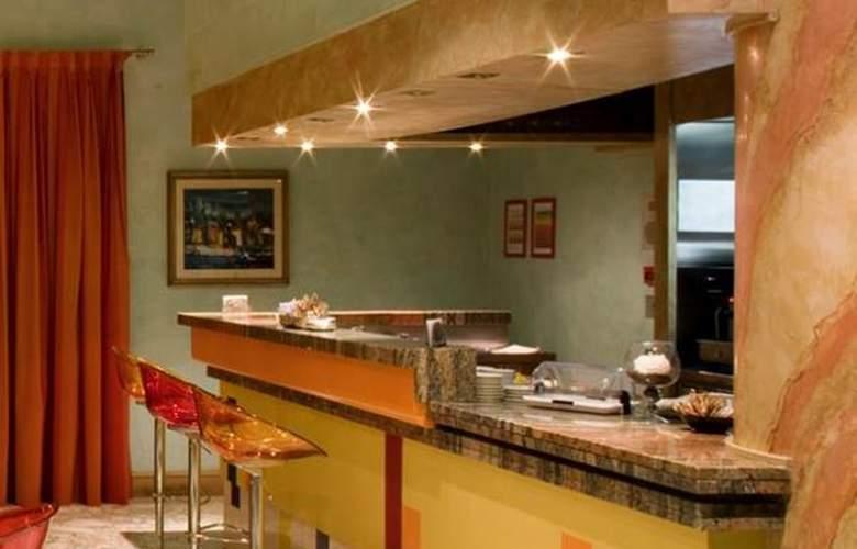 Best Western Oliveto - Hotel - 1