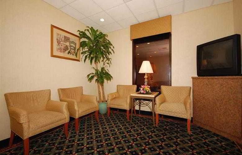 Best Western Springfield - Hotel - 41