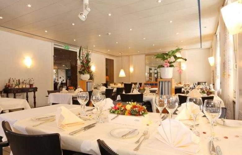 Stella Interlaken - Restaurant - 9