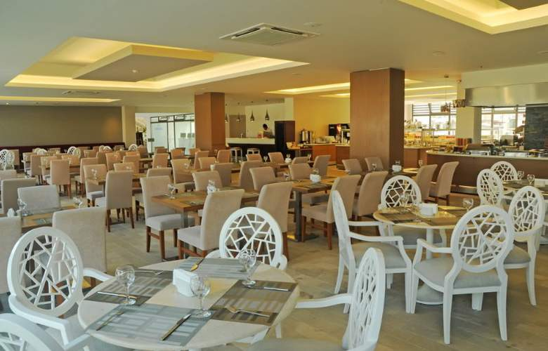 Jiva Beach Resort Fethiye - Restaurant - 24