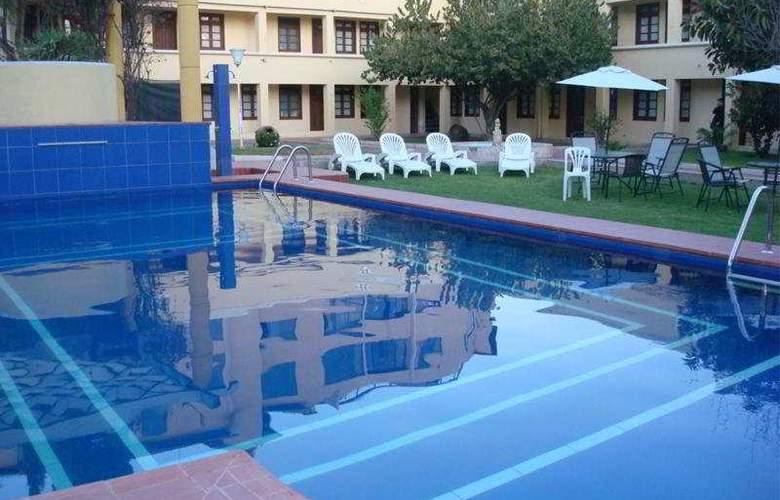 Cochabamba - Pool - 8