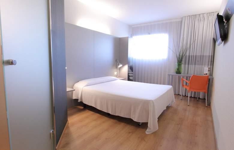 B&B Barcelona-Granollers - Room - 2