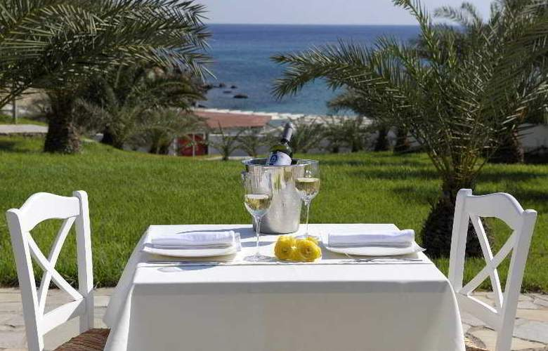Golden Milos Beach - Terrace - 1
