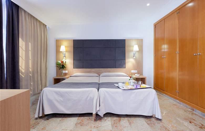 Armadams - Room - 20