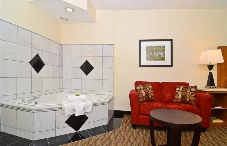 Best Western Plus Park Place Inn - Room - 108