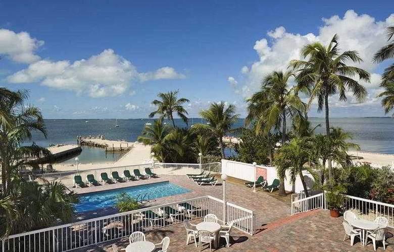 Bayside Inn Key Largo - Pool - 3