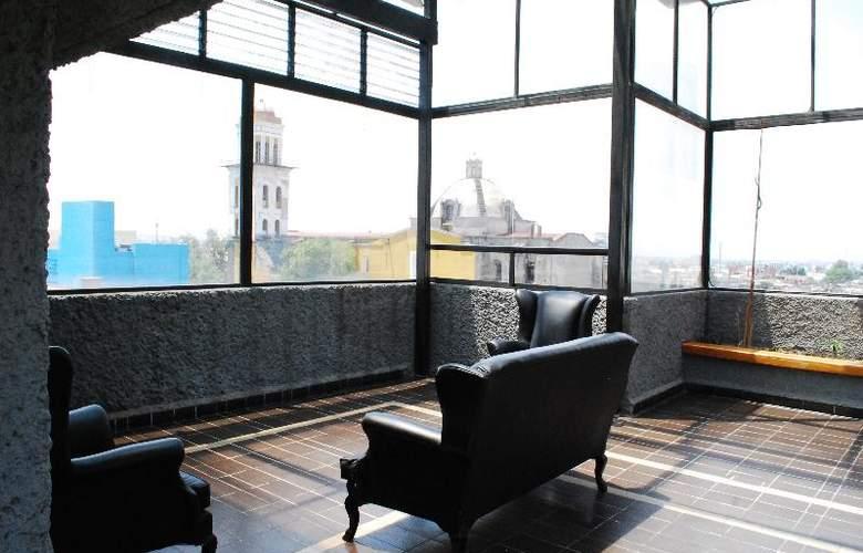 Aristos Puebla - Terrace - 46