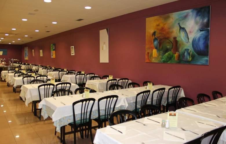 Athene Neos - Restaurant - 8