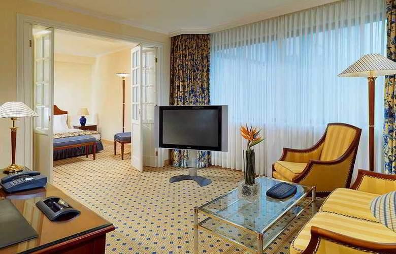 Sheraton Essen Hotel - Room - 4