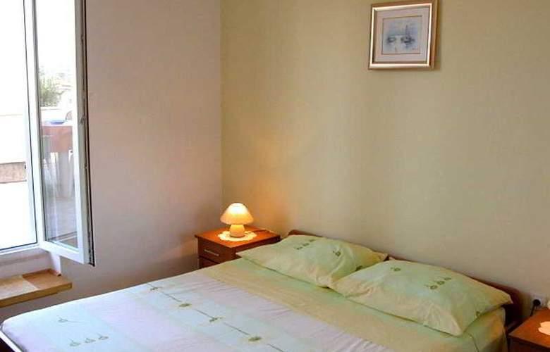 Apartman Marina II - Room - 3