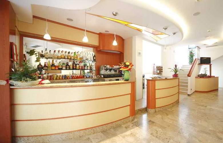 Zurigo - Bar - 8