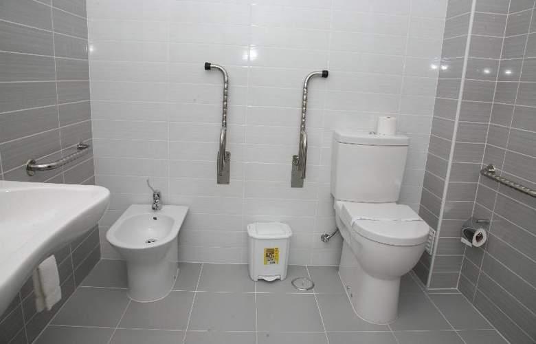 Evenia Monte Real - Room - 6