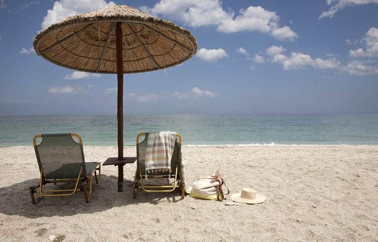 Sofokles - Beach - 7