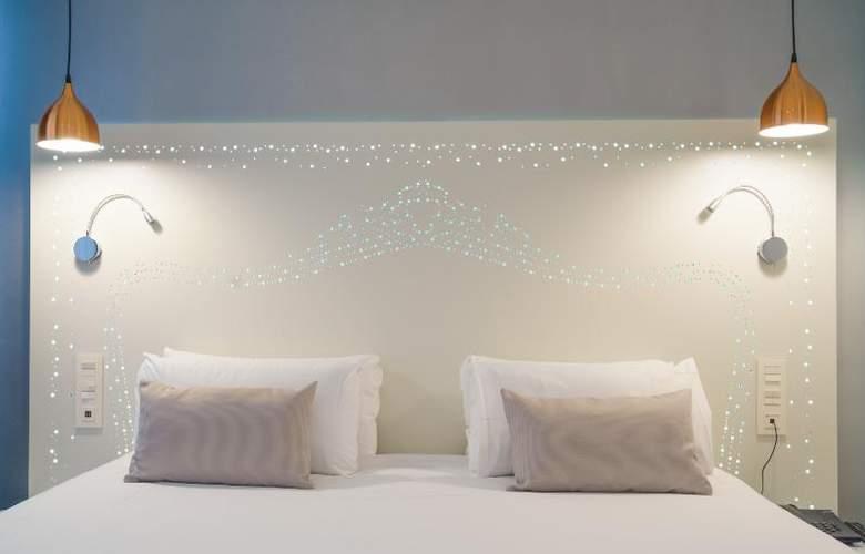The Walt Madrid - Room - 9