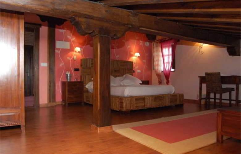 La Casona Del Revolgo - Hotel - 1
