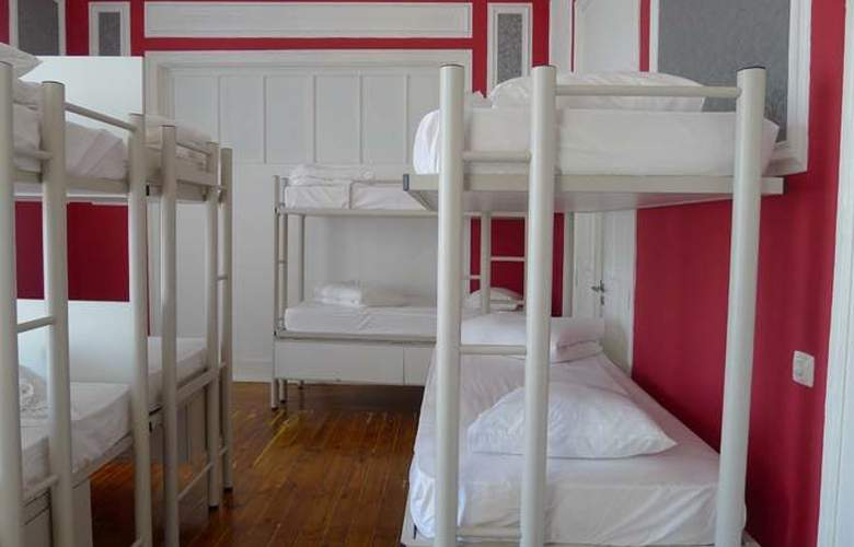 Equity Point Lisboa Hostel - Room - 7
