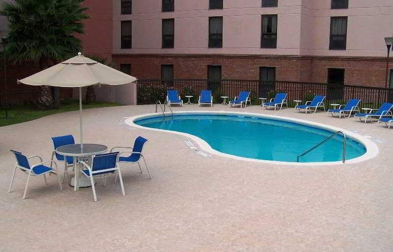 Hampton Inn By Hilton Saltillo - Pool - 4