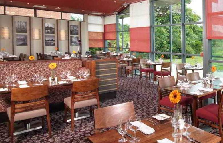 The Cheltenham Chase - Restaurant - 12