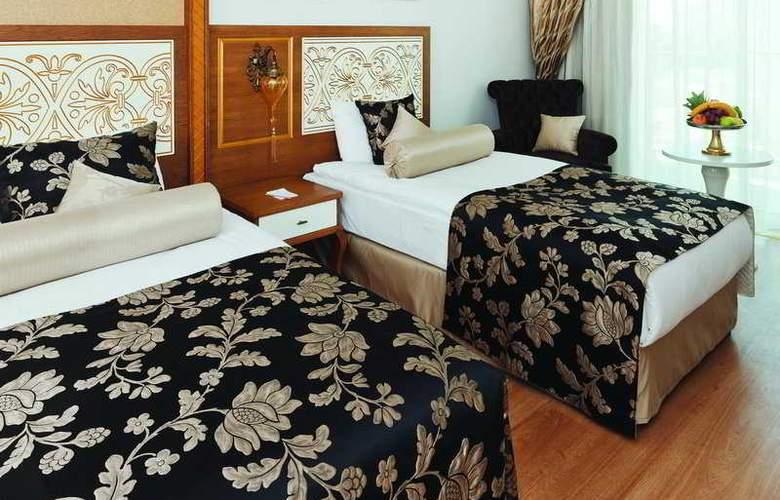 Crystal Palace Luxury Resort & Spa - Room - 4