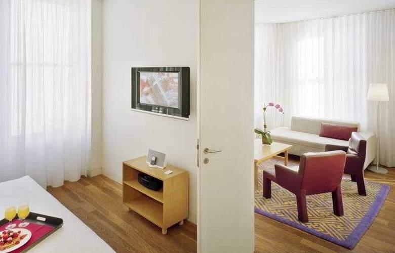 Bryant Park - Room - 7