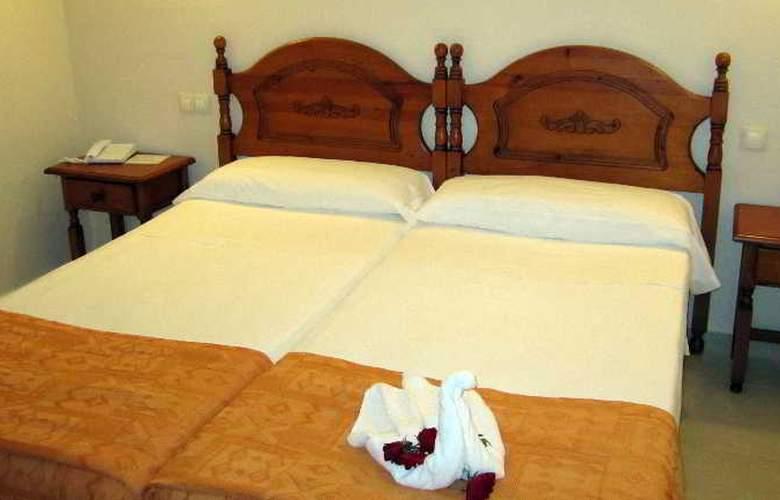Eliseos - Room - 7