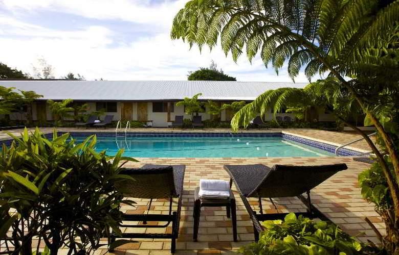 Hilo Seaside - Pool - 2