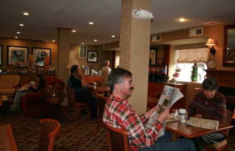 Hampton Inn Portland/Clackamas - Hotel - 3