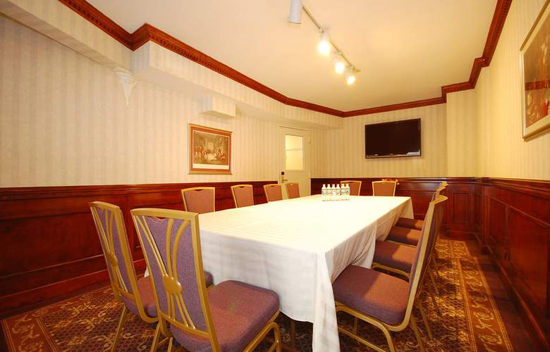 Best Western Plus Seaport Inn Downtown - Conference - 3