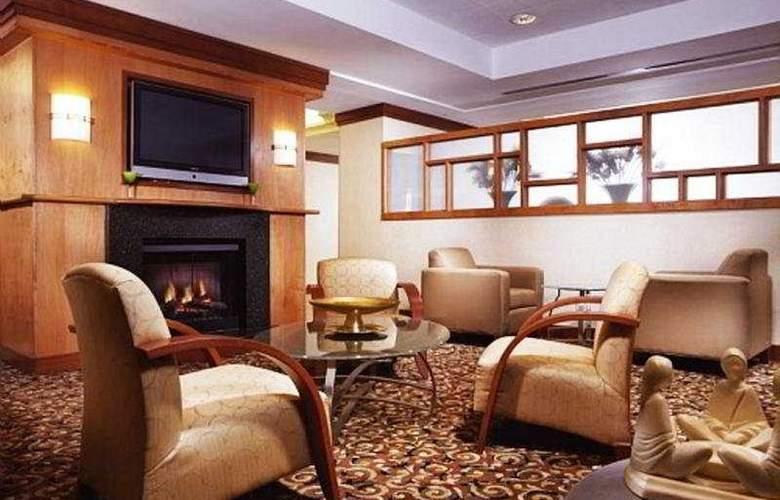 Indigo Toronto Airport - Hotel - 0