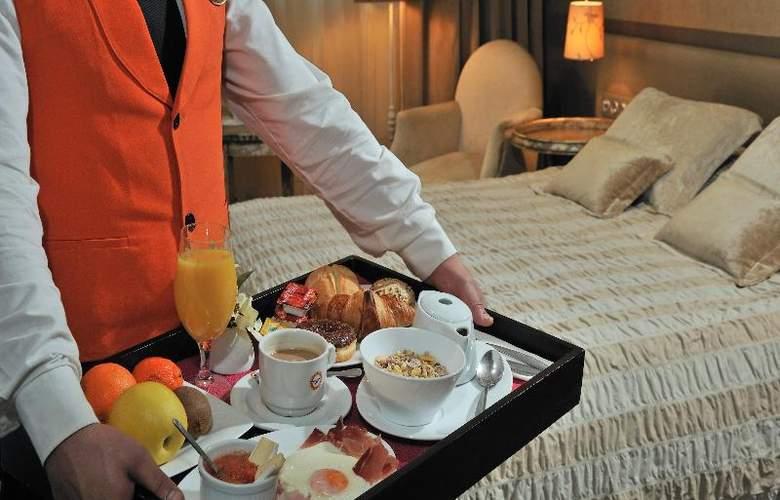 Globales Acis & Galatea Hotel - Room - 14