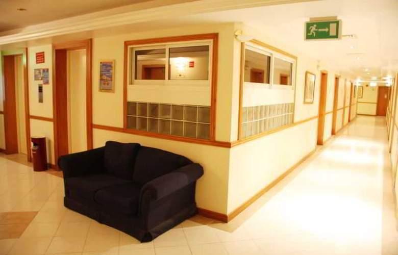 Ramee Hotel Apartment Dubai - General - 1