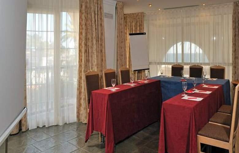 Sol Los Fenicios - Conference - 5