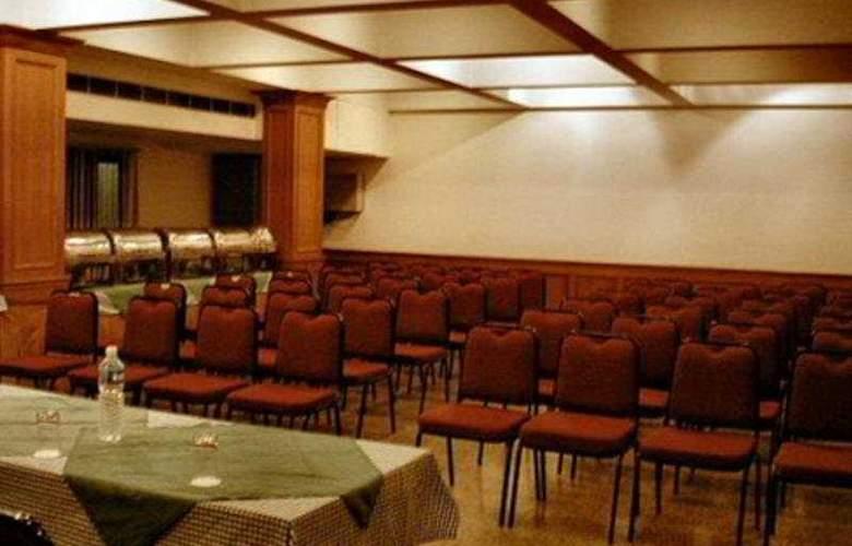Vaibhav - Conference - 7