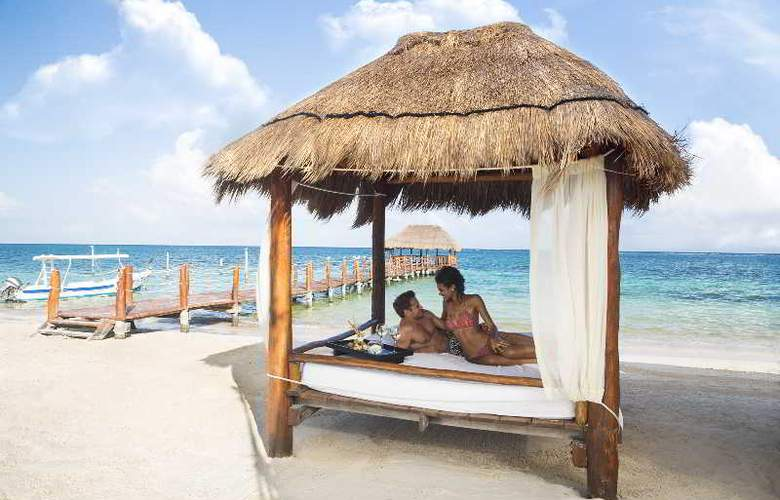 Azul Beach & Hotel Resort Gourmet All Inclusive - Beach - 24
