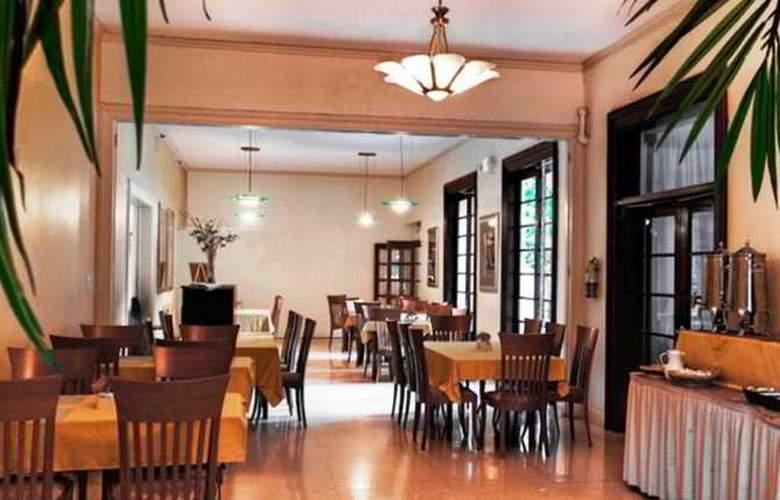 Suites of Dorchester - Restaurant - 6
