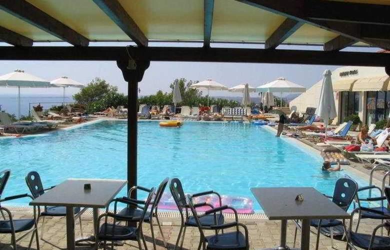 Liberatos Village - Pool - 4