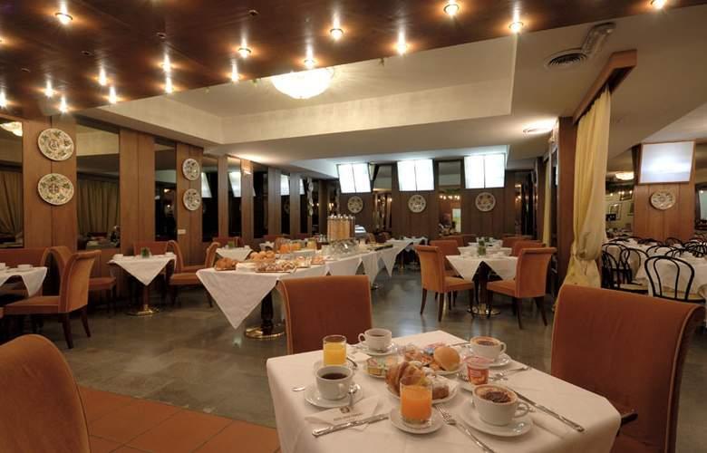 Delta Florence - Restaurant - 16
