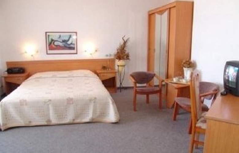 Hotel Europa - Room - 3