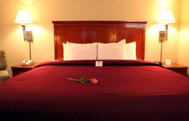 Clarion Hotel Renton - Room - 8